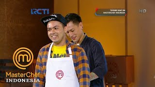 Video MASTERCHEF INDONESIA - Chef Juna Bangga Dengan Masakan Rial | Audisi 1 | Part 10 MP3, 3GP, MP4, WEBM, AVI, FLV Mei 2019