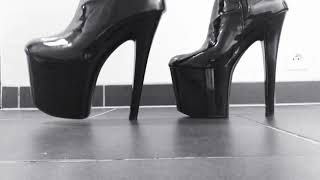 Nonton Mr Heel Walking With Pleaser 8 Inch Xtreme Black Patent Tigh Boots  Teaser  Film Subtitle Indonesia Streaming Movie Download