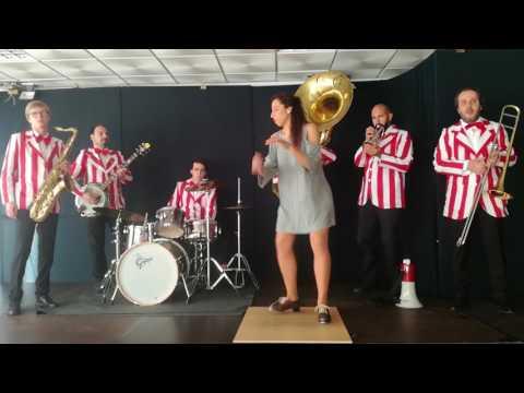 Dixieland and tap dance (COTTAS CLUB & Joana Serranho) - Bare Necessities