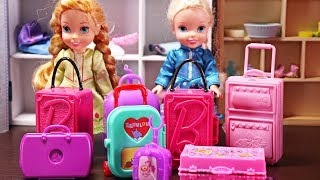 Video Elsa and Anna todders go on holidays and pack their suitcases MP3, 3GP, MP4, WEBM, AVI, FLV Juni 2017