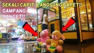 Video Gampang Banget!! Sekali Capit Langsung Dapet Boneka Besar THE BIG ONE!! MP3, 3GP, MP4, WEBM, AVI, FLV Juni 2019