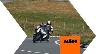 KTM 1290 Super Duke GT all\'Isola di Man - Video Dalla Rete