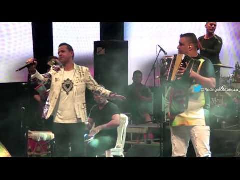 Los Recuerdos De Ella (en Vivo) Martin Elias & Rolando...