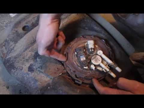 Chevy Blazer \ GMC Jimmy Fuel Pump Replacement – DIY How to Replace a Fuel Pump Part 2