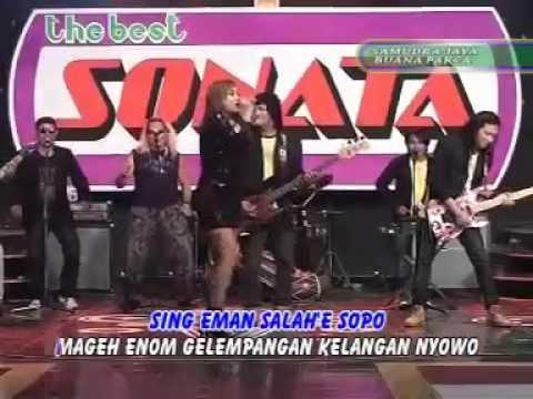 Video Nella Kharisma - Tangis Kelayung Layung Live Dangdut Koplo Terbaru 2015 download in MP3, 3GP, MP4, WEBM, AVI, FLV January 2017