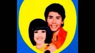 Titiek Sandhora & Muchsin - Cinta Tak Bertepi