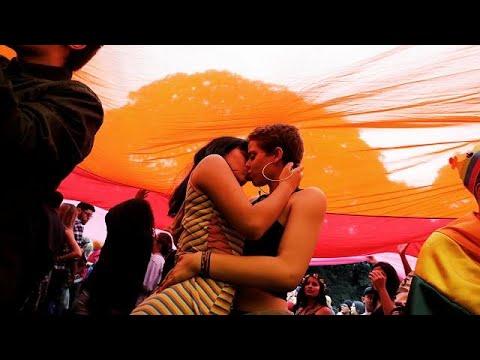 Gay Pride in Sao Paulo: Heiße Küsse und Politik