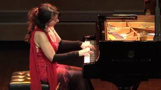 Video Brazilian pianist, Eliane Rodrigues, LITERALLY taking the performance below the stage! MP3, 3GP, MP4, WEBM, AVI, FLV September 2018