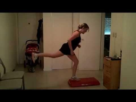 Step - Clase de step aerobica, con trabajo de piernas para quemar calorias.