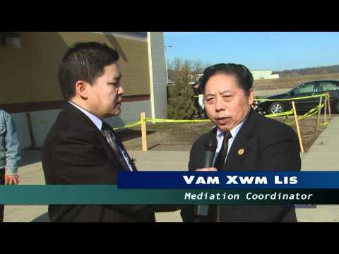 HBCNews -Funeral Ceremony for Salavang Kong -President of Hmong 18 Council 4-2-11 (видео)