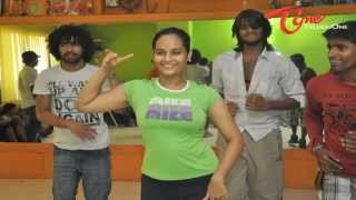 Actress Suja Dance Practice Video