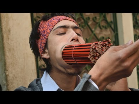 Teenager Fits 138 Pencils In His Mouth {Video}