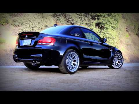 BMW 1M Coupe Review M3 Fighters Pt 2 (видео)
