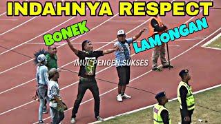 Video Respek | Chant Saling Sapa Bonek & LA Mania Curva Boys Menggema Di GBT MP3, 3GP, MP4, WEBM, AVI, FLV November 2018