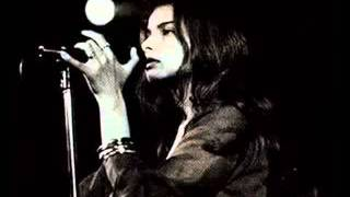 Video Mazzy Star - Cry, Cry MP3, 3GP, MP4, WEBM, AVI, FLV Agustus 2018