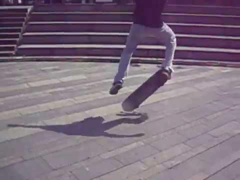 IberZoknA - Heelflip + Kickflip + Ollie sa zidica