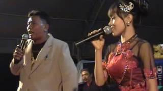 Campursari Tombo Ati Bojonegoro 2012- Sri Huning (Gita Malhotra)