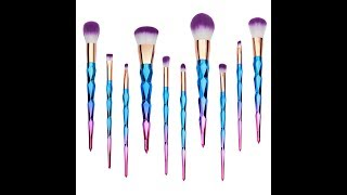 Unicorn makeup is everywhere. I found these amazing makeup brushes that I will be giving my first impression on. Qivange makes really good affordable makeup brushes at such a good price that I had to buy both of their new sets. I can't wait to use them with my makeup.