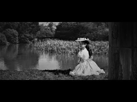 The Innocents (1961) - Woman in the Lake