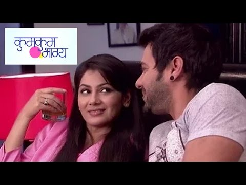 Abhi And Pragya's Cute Conversation | Kumkum Bhagy
