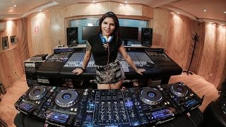 Download Lagu Rozz - Mixing on 4 CDJs Vol 3 Mp3