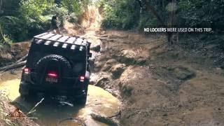 Short offroading 4x4 trip in an Jeep Wrangler JK 2011 on 37 Inch BF Goodrich KM2 Tyres and 3 inch lift to Glass House Mountaints in Queensland / Australia
