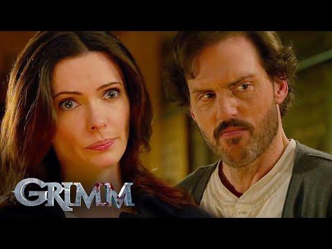 Juliette asks Monroe and Rosalee to Step Back | Grimm