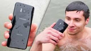 Video Samsung Galaxy S8 vs iPhone 7 Water Test! Secretly Waterproof? MP3, 3GP, MP4, WEBM, AVI, FLV Oktober 2017