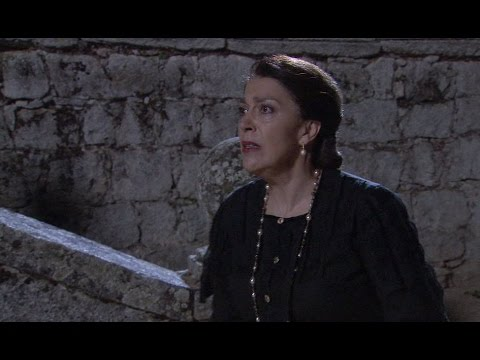 il segreto - chi sta terrorizzando donna francisca?