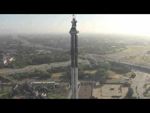 immagini mozzafiato della giostra più alta del mondo!