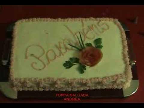 TORTA SALGADA ( confeitando )