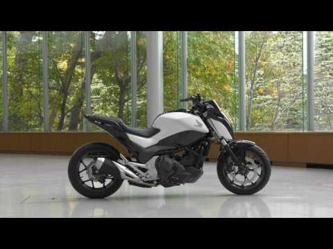 Honda Sürüş Yardımı Teknolojisi (Kendi Kendine Dengede Duran Motosiklet)