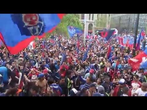 """Video - HIMNO DE LA """"U"""" DE CHILE, EN LA CASA DE ESTUDIOS - Los de Abajo - Universidad de Chile - La U - Chile"""