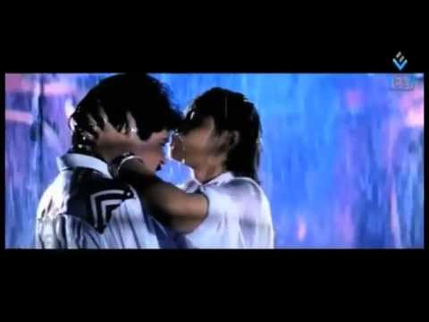 Solid kissing scenes