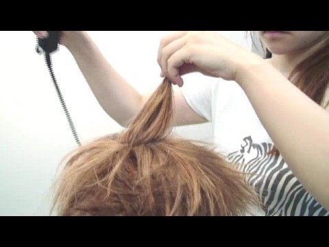 Sora (Kingdom Hearts) - Making of Sora hair style. Japanese only, but very nice video.