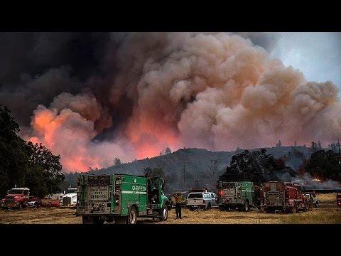 ΗΠΑ: Ένας νεκρός και τεράστιες καταστροφές από δασικές πυρκαγιές