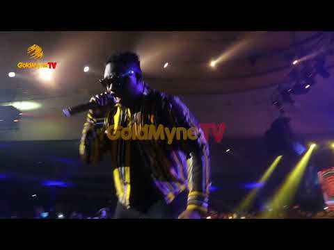 WIZKID AND WANDE COAL'S  PERFORMANCE AT WIZKID THE CONCERT