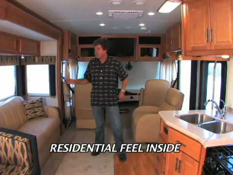 2009 Southwind Class A Gas Motor Home from Fleetwood RV