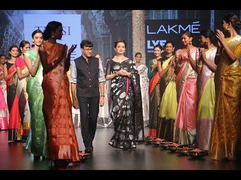 Video Diya Mirza For Santosh Parekh | Tulsi Silk | Lakme Fashion Week Winter/Festive 2016 download in MP3, 3GP, MP4, WEBM, AVI, FLV January 2017