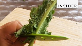 The Chef'n LooseLeaf de-leafs greens like kale and herbs in a flash. Get yours here: http://insder.co/Kale The INSIDER team ...