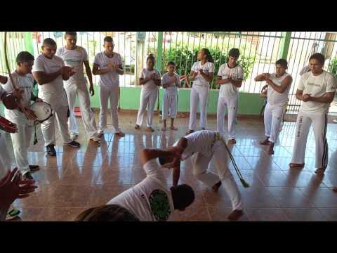 Capoeira Proeza em Santa Teresa do Tocantins dia 15/05/2016