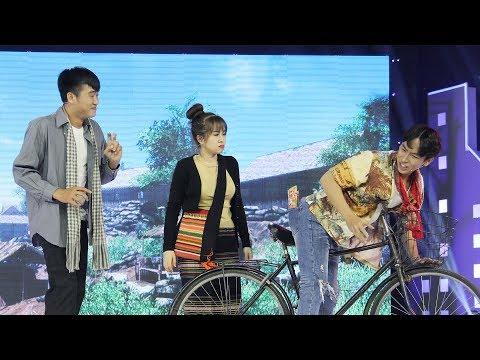 Tiếu lâm nhạc hội |Teaser tập 10: Huỳnh Quý muốn té xĩu với màn đối thơ trớt quớt của bạn cùng lớp - Thời lượng: 85 giây.