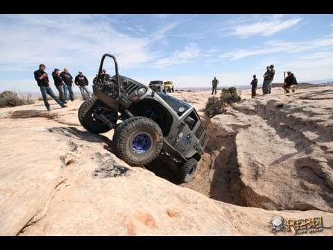 moab - Day 2 was absolutely stellar. We joined up with our friends Dennis and Joe from Teraflex Suspensions to run a milder trail just outside Moab city limits. Mas...