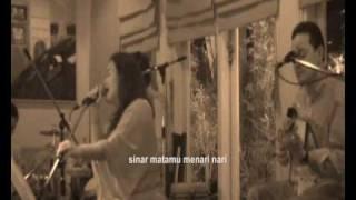 Video bonita and the hus BAND - Juwita Malam (Ismail Marzuki) MP3, 3GP, MP4, WEBM, AVI, FLV September 2018