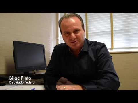 Em São Pedro dos Ferros, Bilac Pinto apoia a candidatura dos amigos Reginalgo e Kemper