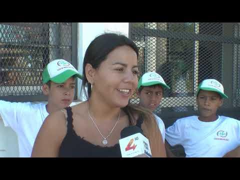 """Quedó inaugurada en barrio Don Atilio la muestra fotográfica """"La Propia""""."""