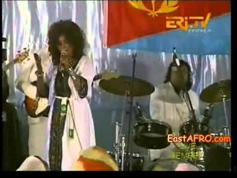 """ERITREA"" - Faytinga singing Live in Asmara for the Kuds Yowhans Concert 2013"