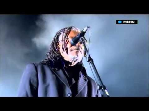Massive Attack - Angel (Glastonbury 2008)