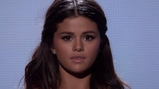 Taylor Swift Cries During Selena Gomez 2014 AMA Performance