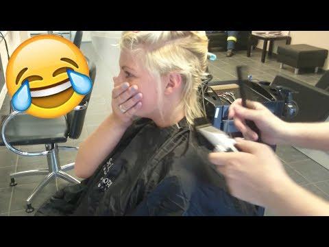 Fryzjer ogolił jej niemal całą głowę. Rezultat przekroczył wszelkie oczekiwania!